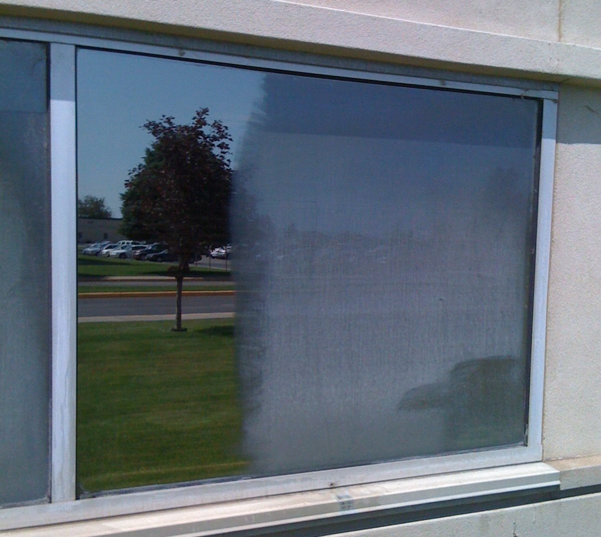 Hard Water Stain Removal by Sparkling Window Cleaning
